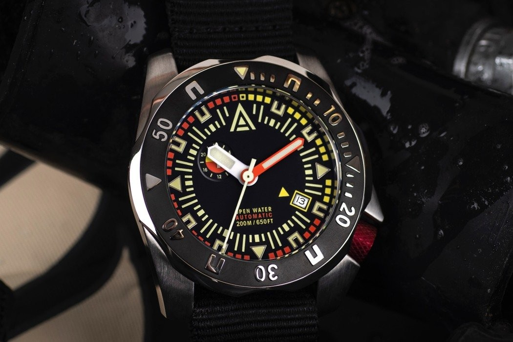 This built-to-order vintage-inspired deep diver watch is designed to travel over 600 feet underwater