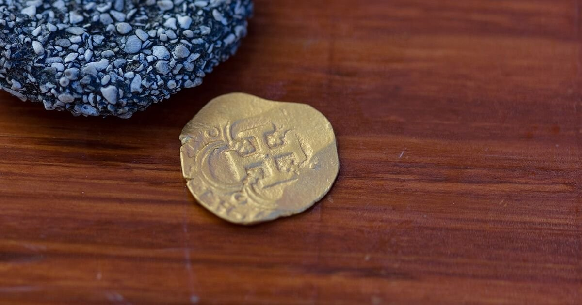 Diver Finds Gold Coin Worth $98,000 on Wreck Off Key West